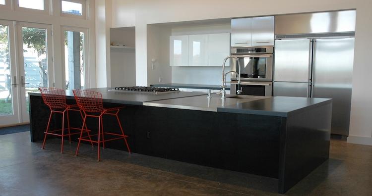 Modern Onyx Home